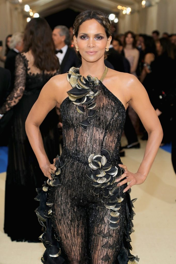 Halle-Berry-Body-Images