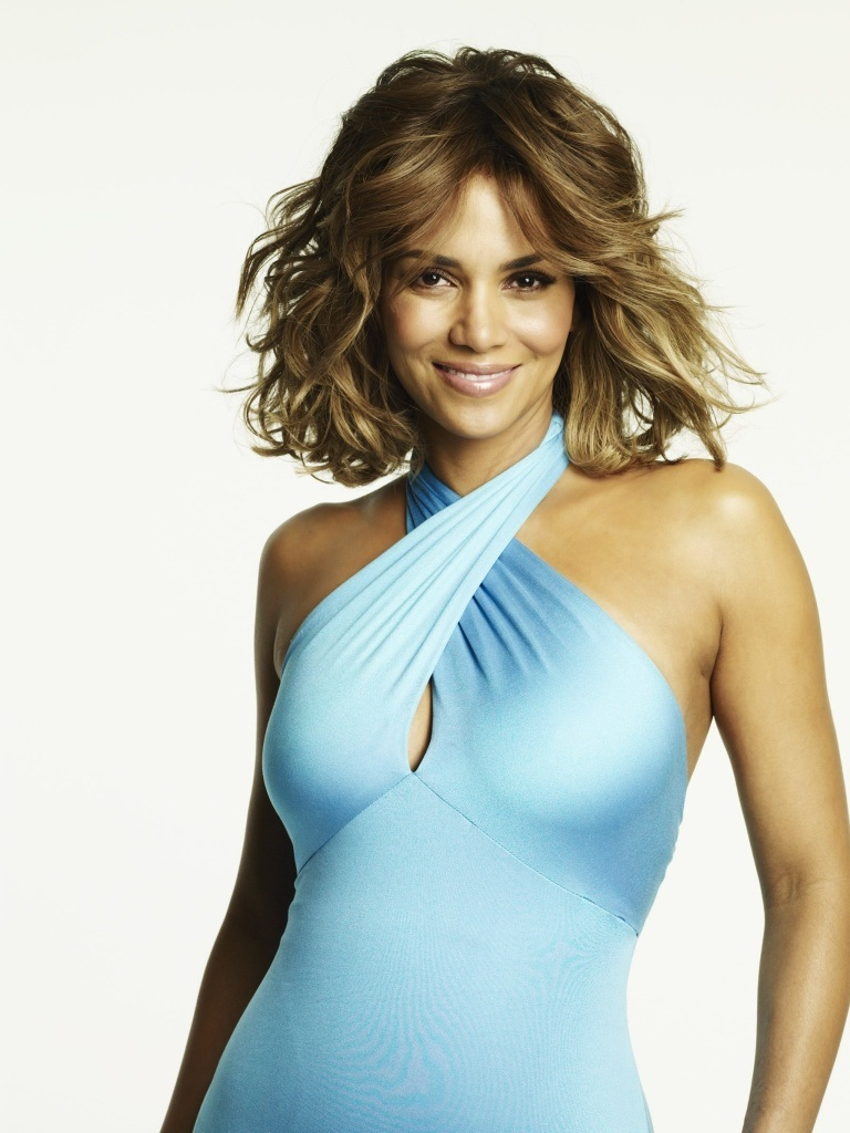 Halle-Berry-Leaked-Images