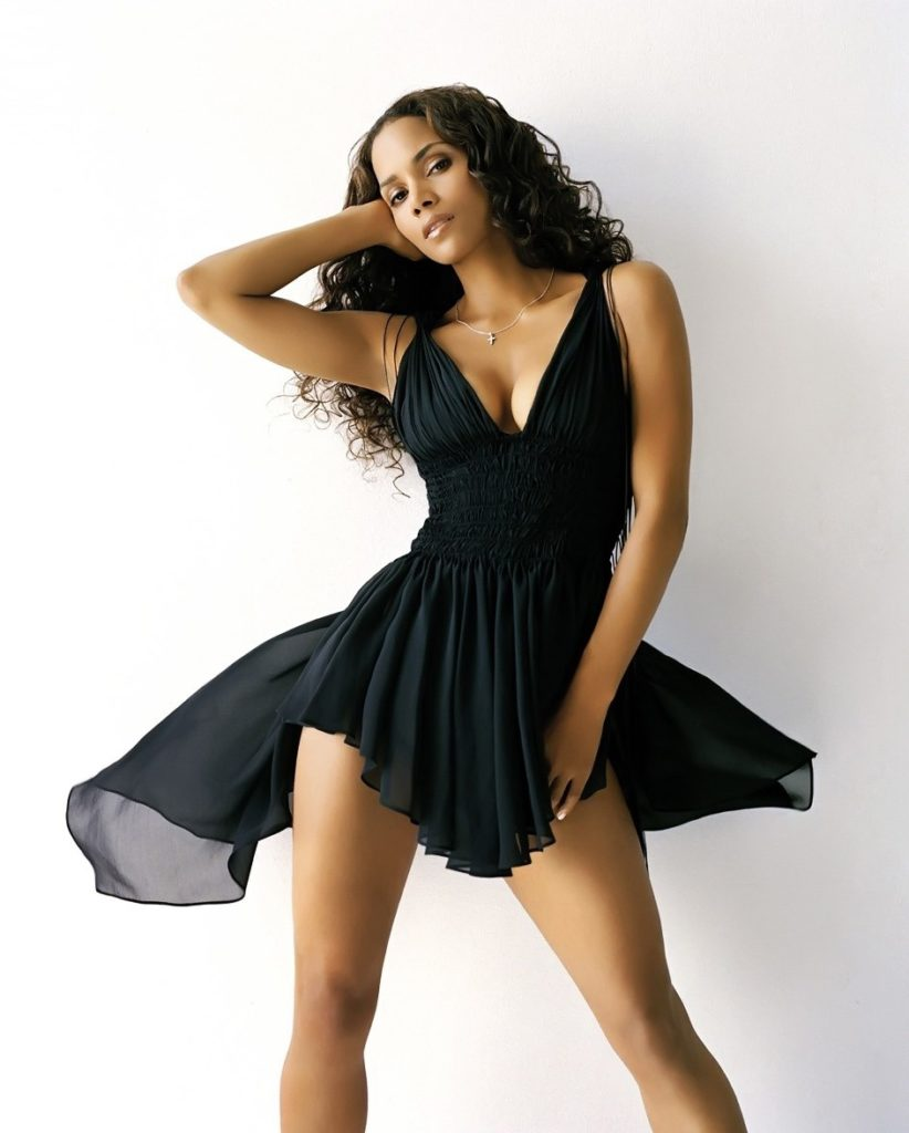 Halle-Berry-Upskirt-Images