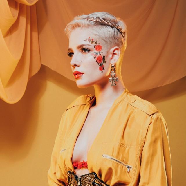 Halsey-Hot-Makeup-Photos