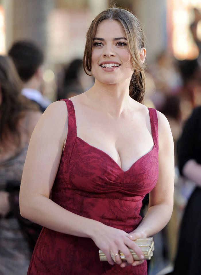 Hayley-Atwell-Muscles-Photos