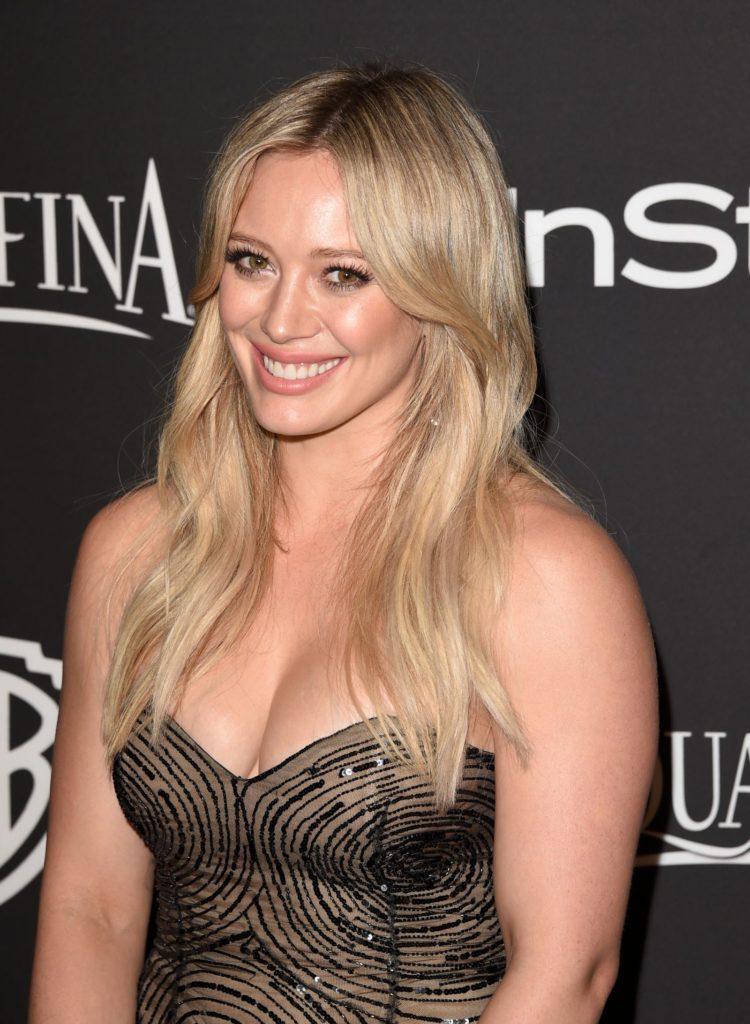 Hilary-Duff-Cute-Smile-Pics