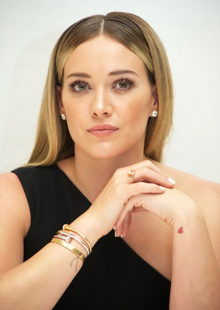 Hilary-Duff-Makeup-Photos