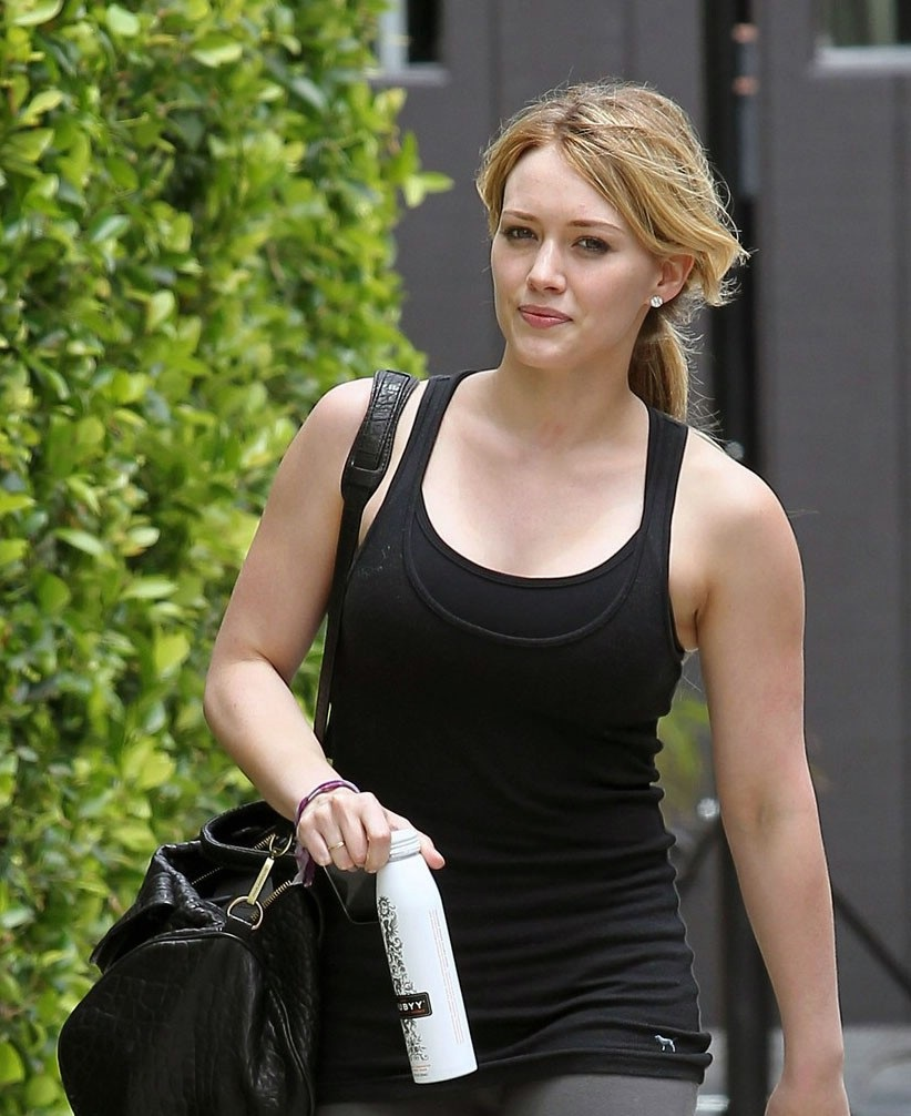 Hilary-Duff-Workout-Images