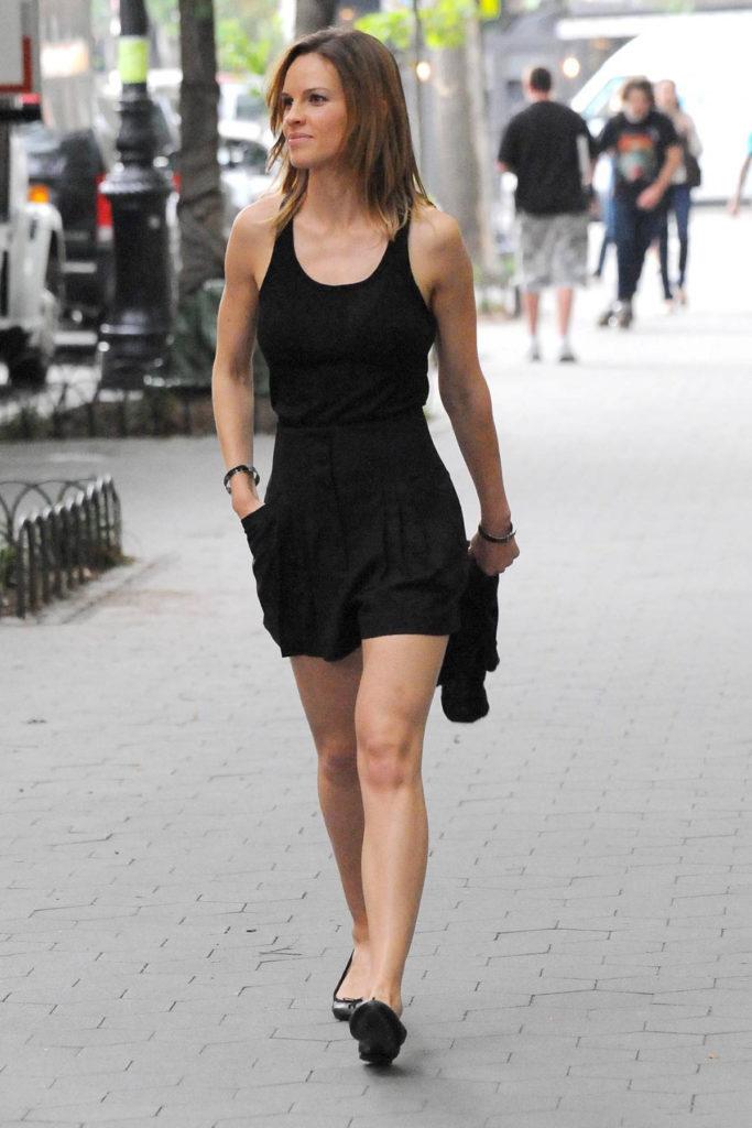 Hilary-Swank-Feet-Photos