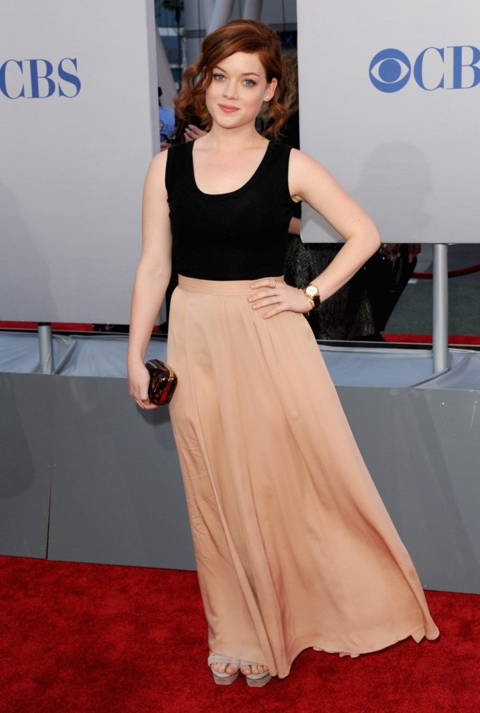 Jane-Levy-Gown-Photos
