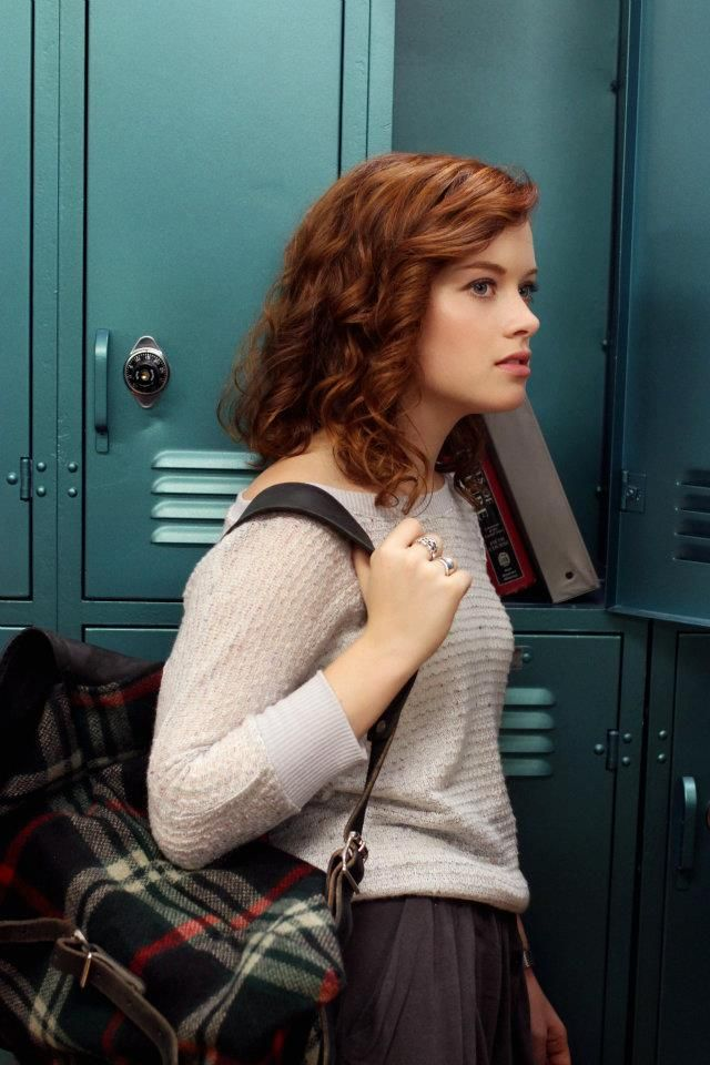 Jane-Levy-Hot-Wallpapers
