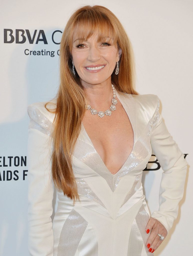 Jane-Seymour-Braless-Pictures