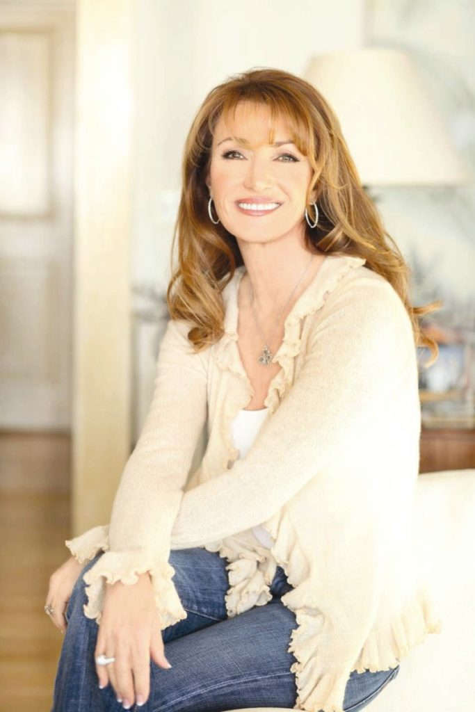 Jane-Seymour-Jeans-Pictures