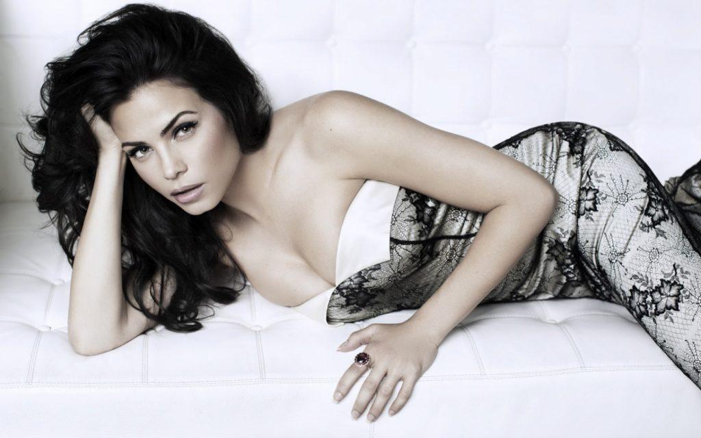 Jenna-Dewan-Breast-Images