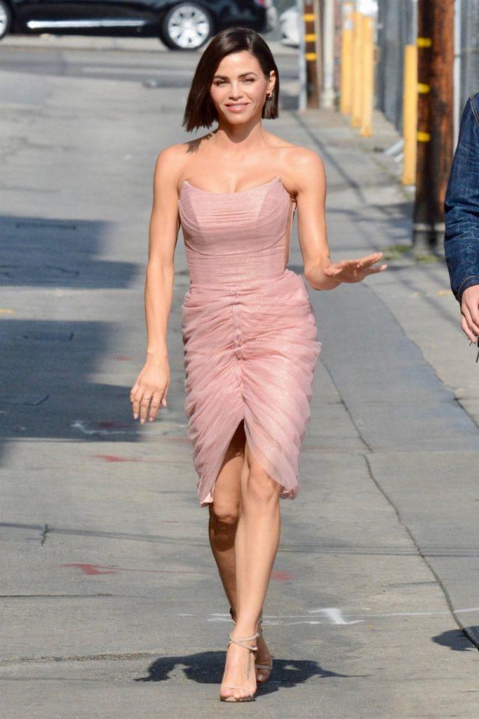 Jenna-Dewan-Sexy-Legs-Photos