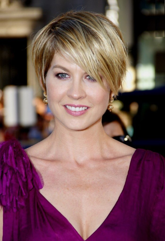 Jenna-Elfman-Sexy-Eyes-Pictures