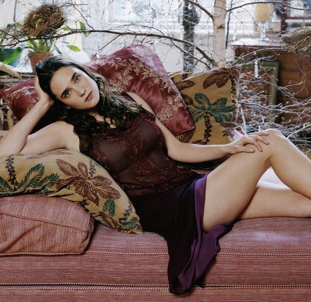 Jennifer-Connelly-Bikini-Pictures