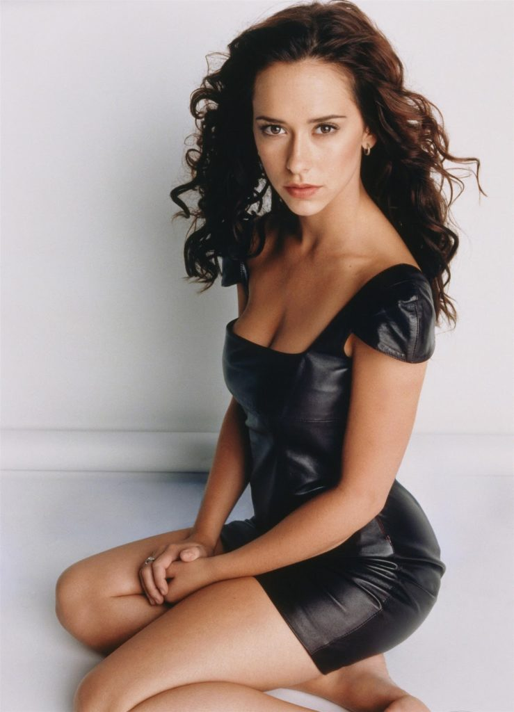 Jennifer-Love-Hewitt-Hot-Body-Images