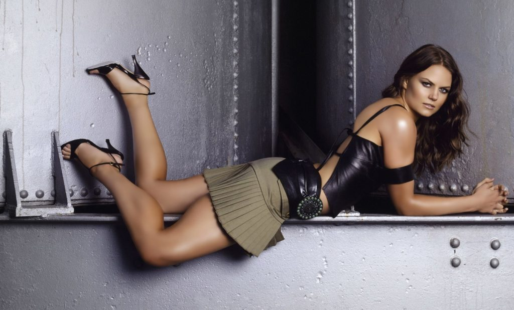 Jennifer-Morrison-Sexy-Skirt-PHotos