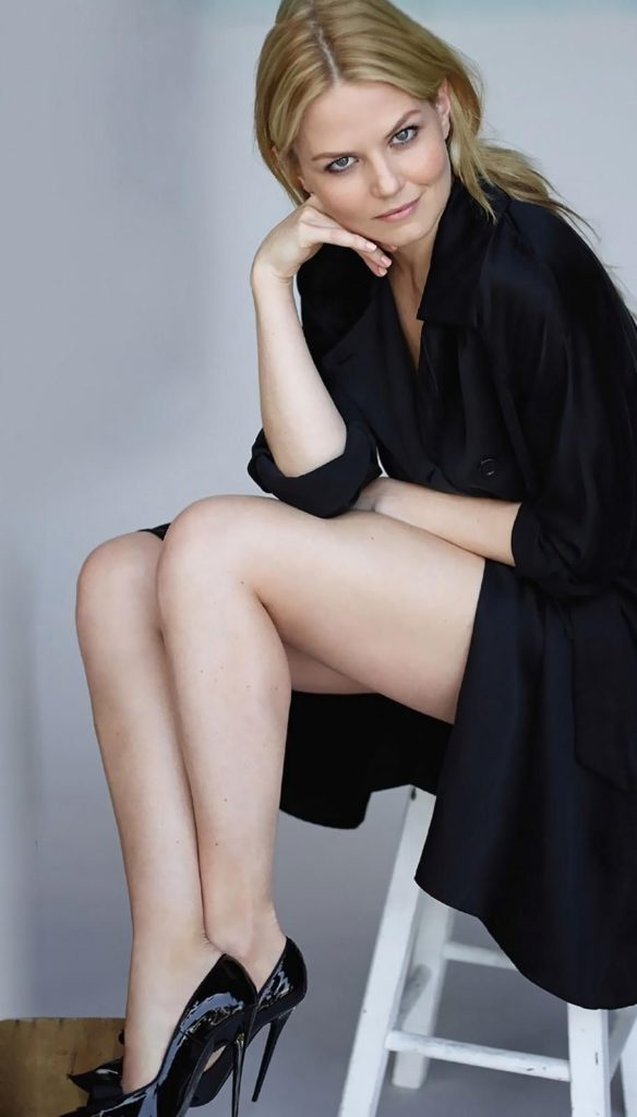Jennifer-Morrison-Sexy-Thighs-Photos