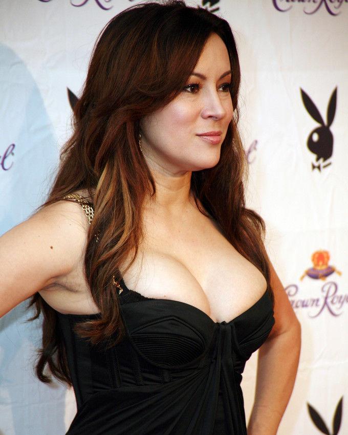 Jennifer-Tilly-Hot-Body-Photos