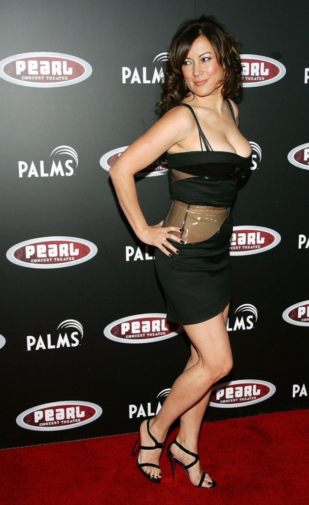 Jennifer-Tilly-Lingerie-Images