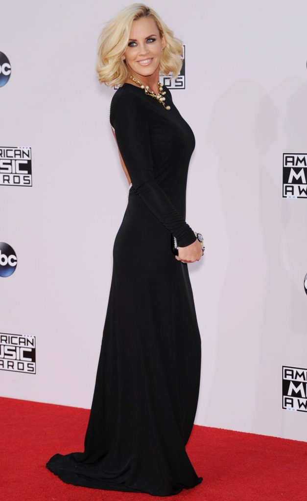 Jenny-McCarthy-Gown-Wallpapers