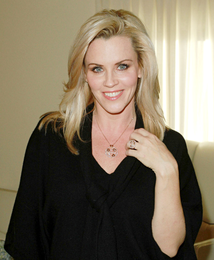 Jenny-McCarthy-Sexy-Eyes-Pictures