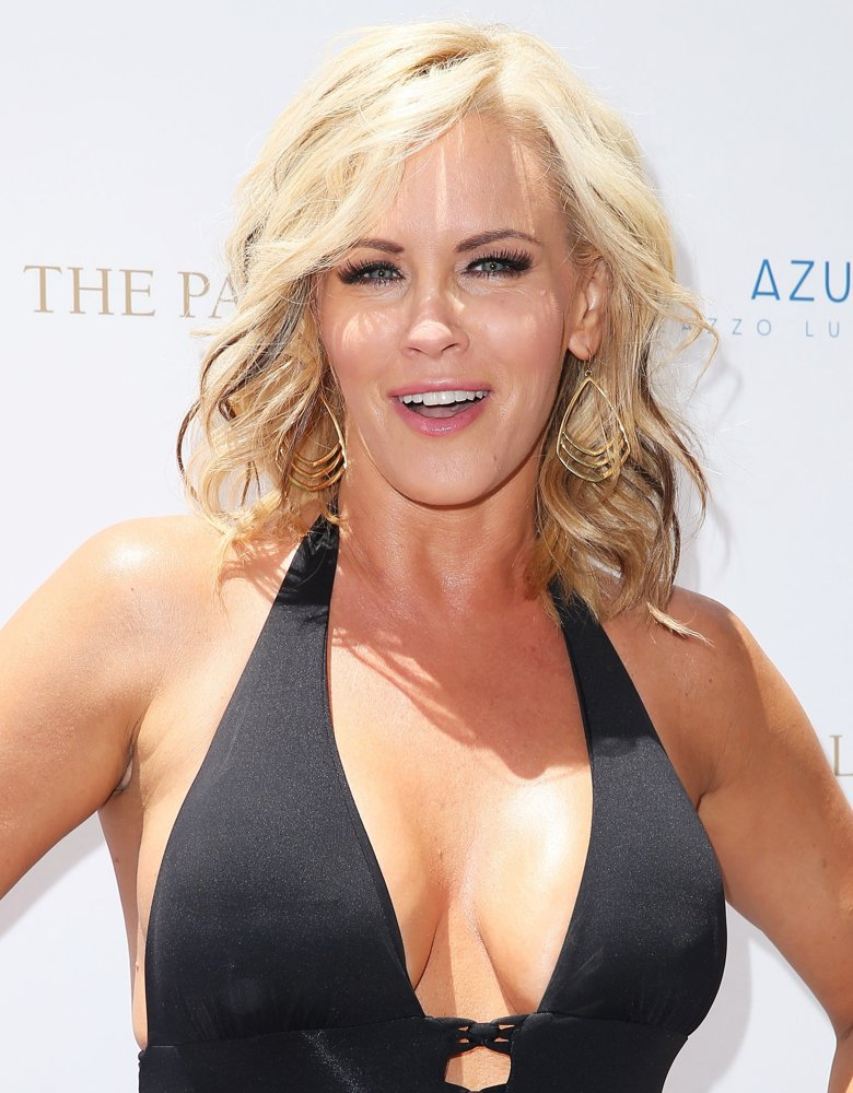 Jenny-McCarthy-Topless-Pictures