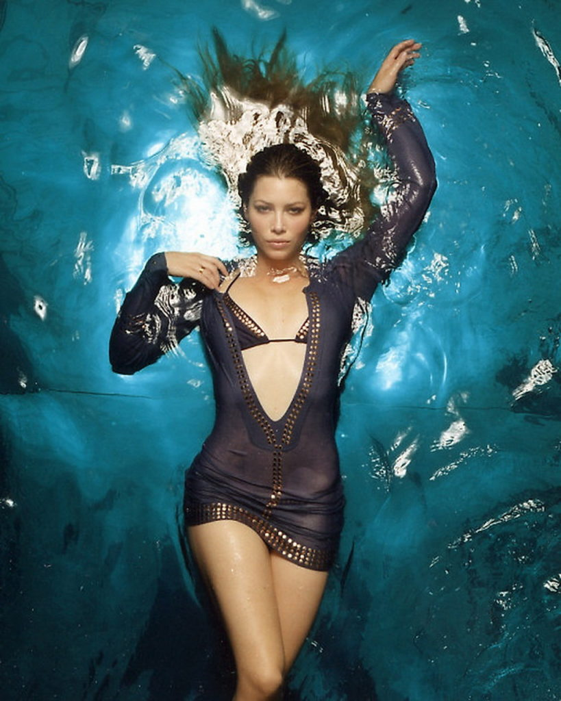 Jessica-Biel-Bathing-Suit-Images