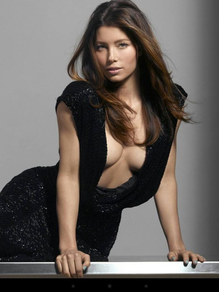 Jessica-Biel-Topless-Pictures