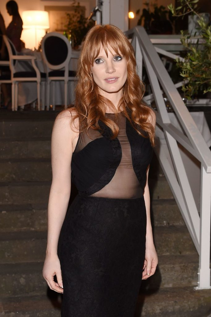 Jessica-Chastain-Bra-Pictures