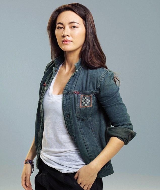 Jessica-Henwick-Jeans-Pics
