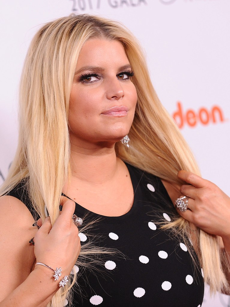 Jessica-Simpson-Sexy-Eyes-Pictures
