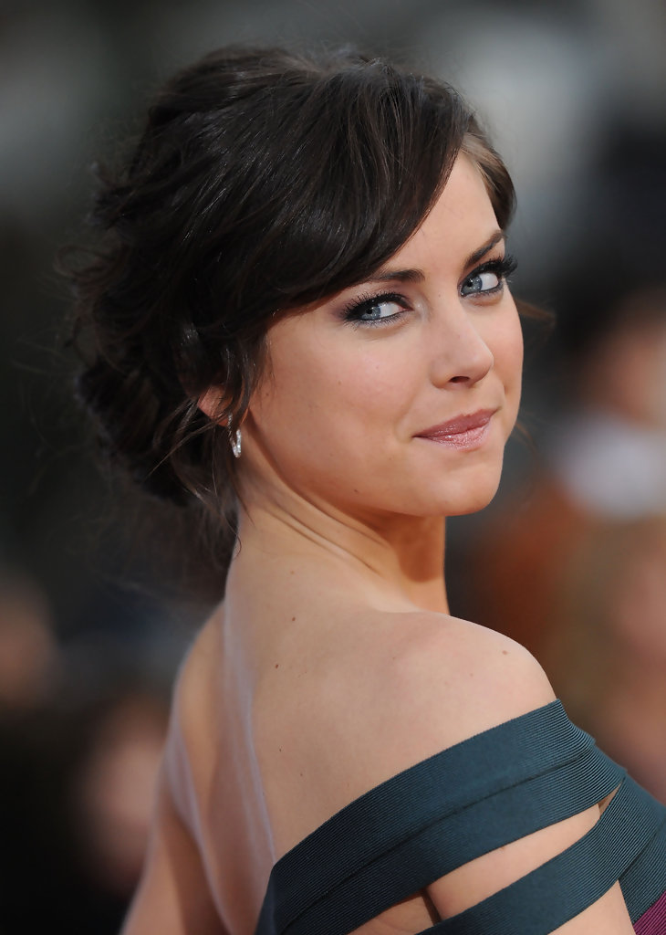 Jessica-Stroup-Backless-Images