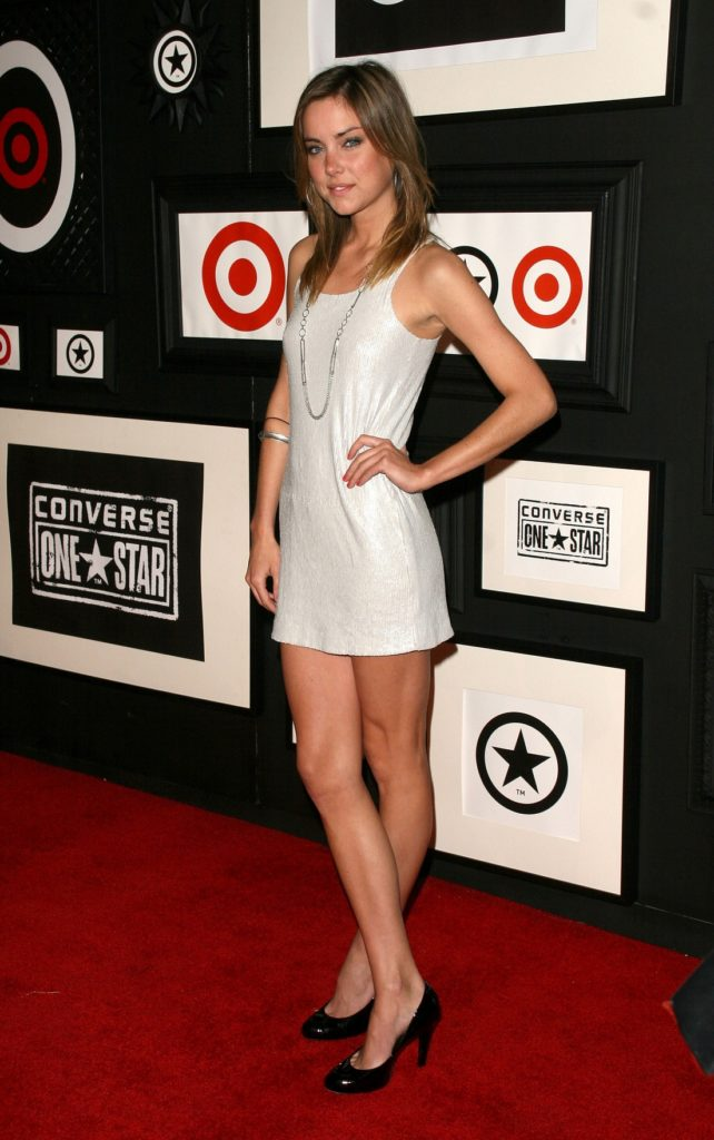 Jessica-Stroup-Bold-Images