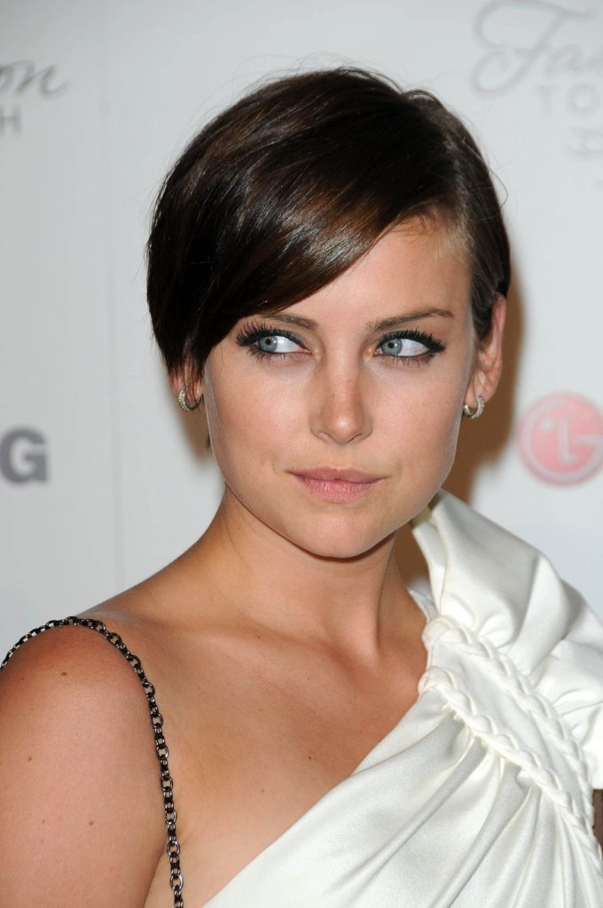 Jessica-Stroup-Pictures