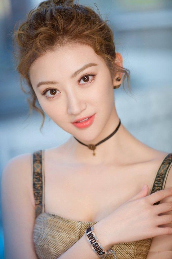 Jing-Tian-Bra-Pictures