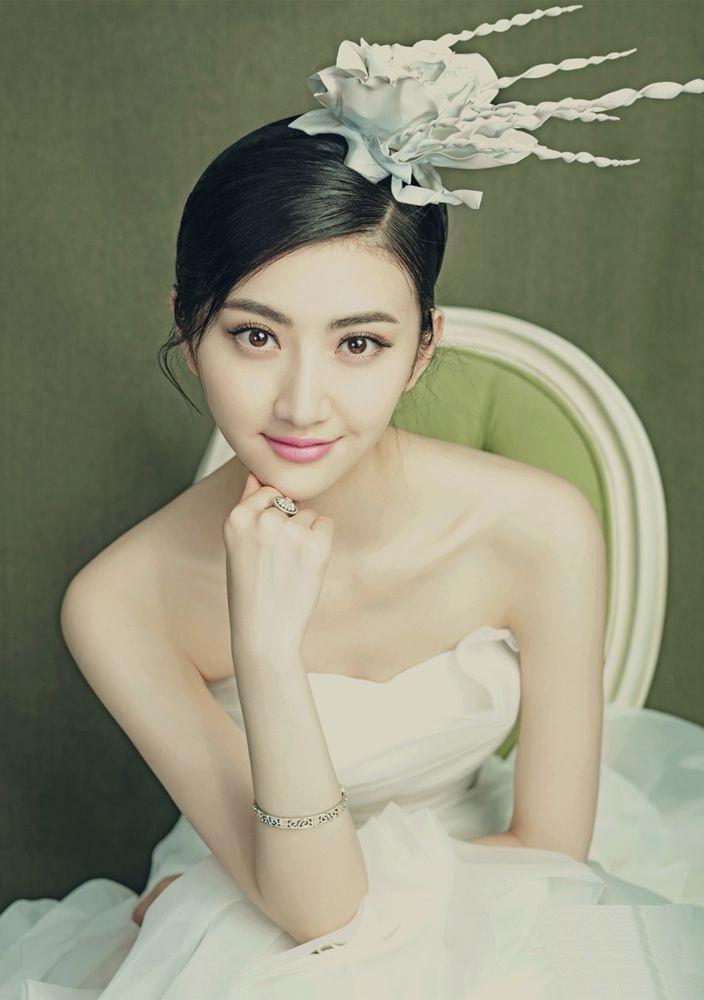 Jing-Tian-Hot-Photoshoot