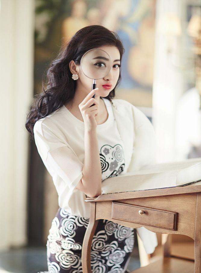 Jing-Tian-Sexy-Makeup-Photos