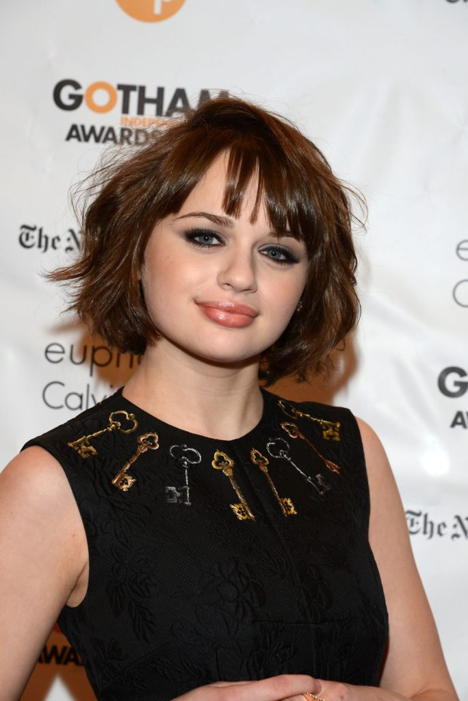Joey-King-Short-Hair-Pictures