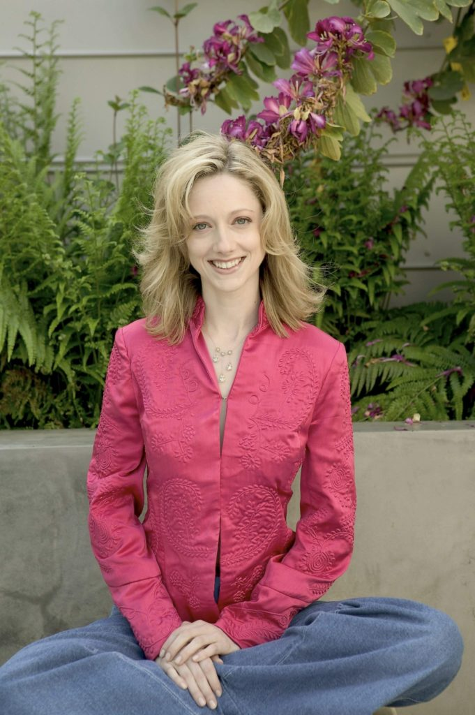 Judy-Greer-Hair-Style-Images
