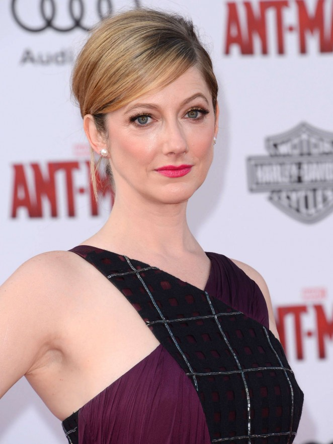 Judy-Greer-Sexy-Eyes-Images