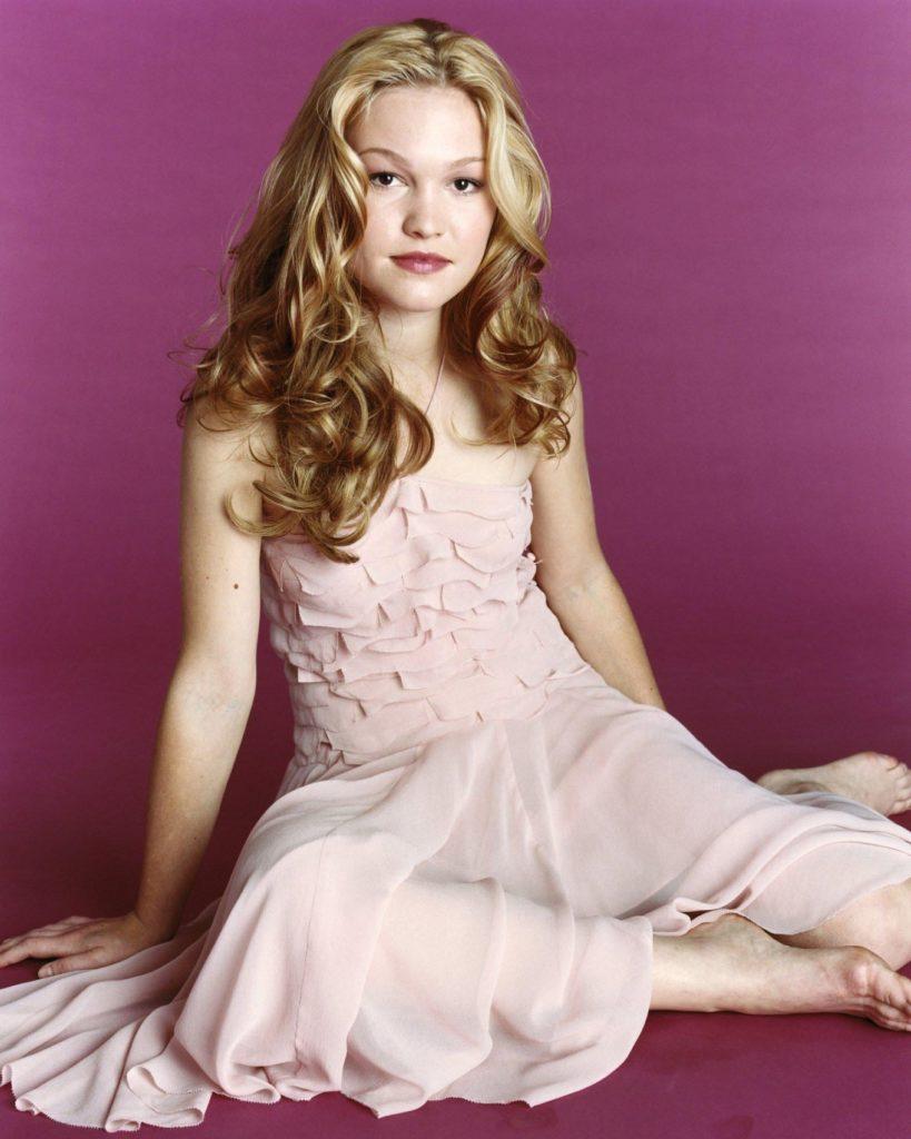 Julia-Stiles-Hair-Style-Photos