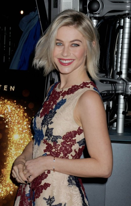 Julianne-Hough-Hair-Style-Images