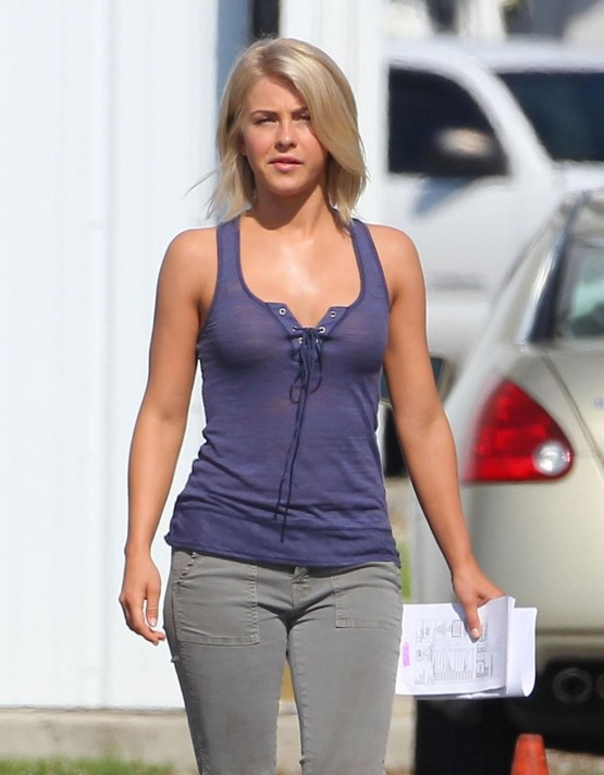 Julianne-Hough-Workout-Images