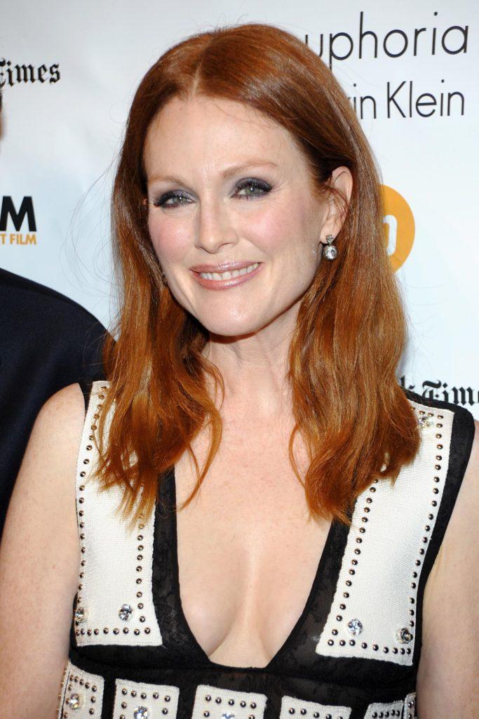 Julianne-Moore-Topless-Images
