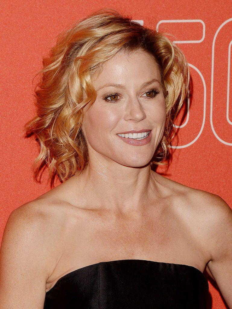 Julie-Bowen-Hot-Makeup-Photos