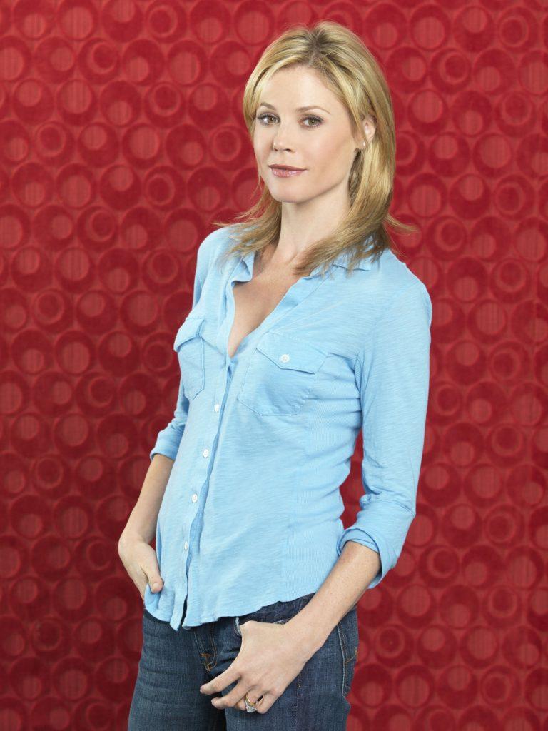 Julie-Bowen-Jeans-Photos