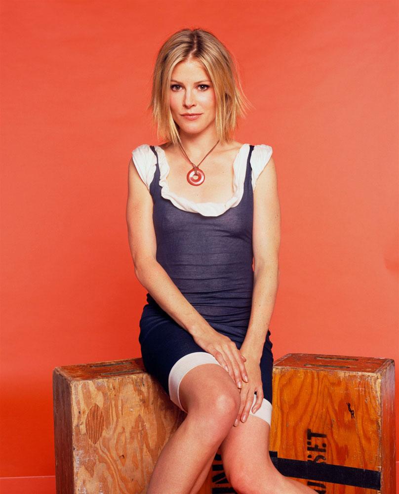 Julie-Bowen-Legs-Pictures