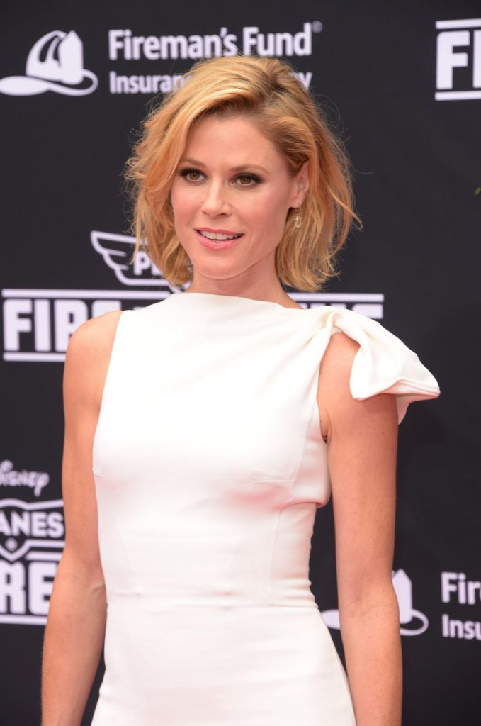Julie-Bowen-Sexy-Eyes-Pictures