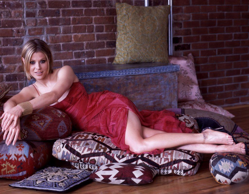 Julie-Bowen-Upskirt-Photos
